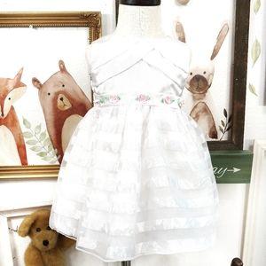 Youngland Elegant White Party Holiday Dress 24 M